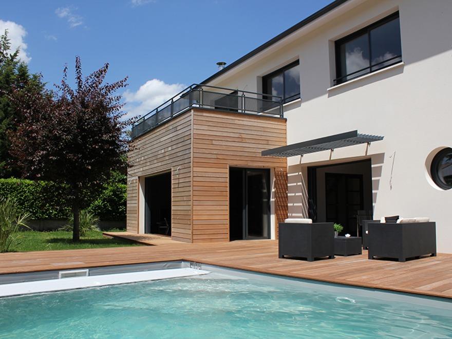 maison chic terrasse bois villas c t sud constructeur de villas. Black Bedroom Furniture Sets. Home Design Ideas
